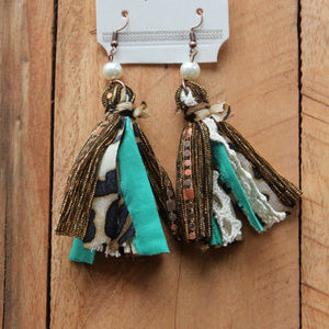 The Only One Tassel Earrings with Pearl Bead